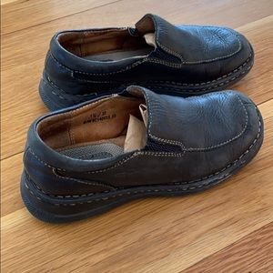 BORN dress shows boys leather loafers 1.5